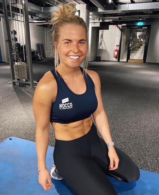 Karoline Pettersson i Tyngre Radio