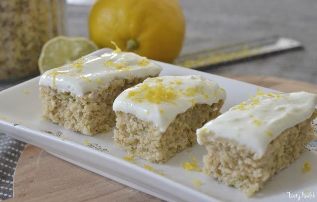 Saftiga vaniljrutor med citron & limefrosting