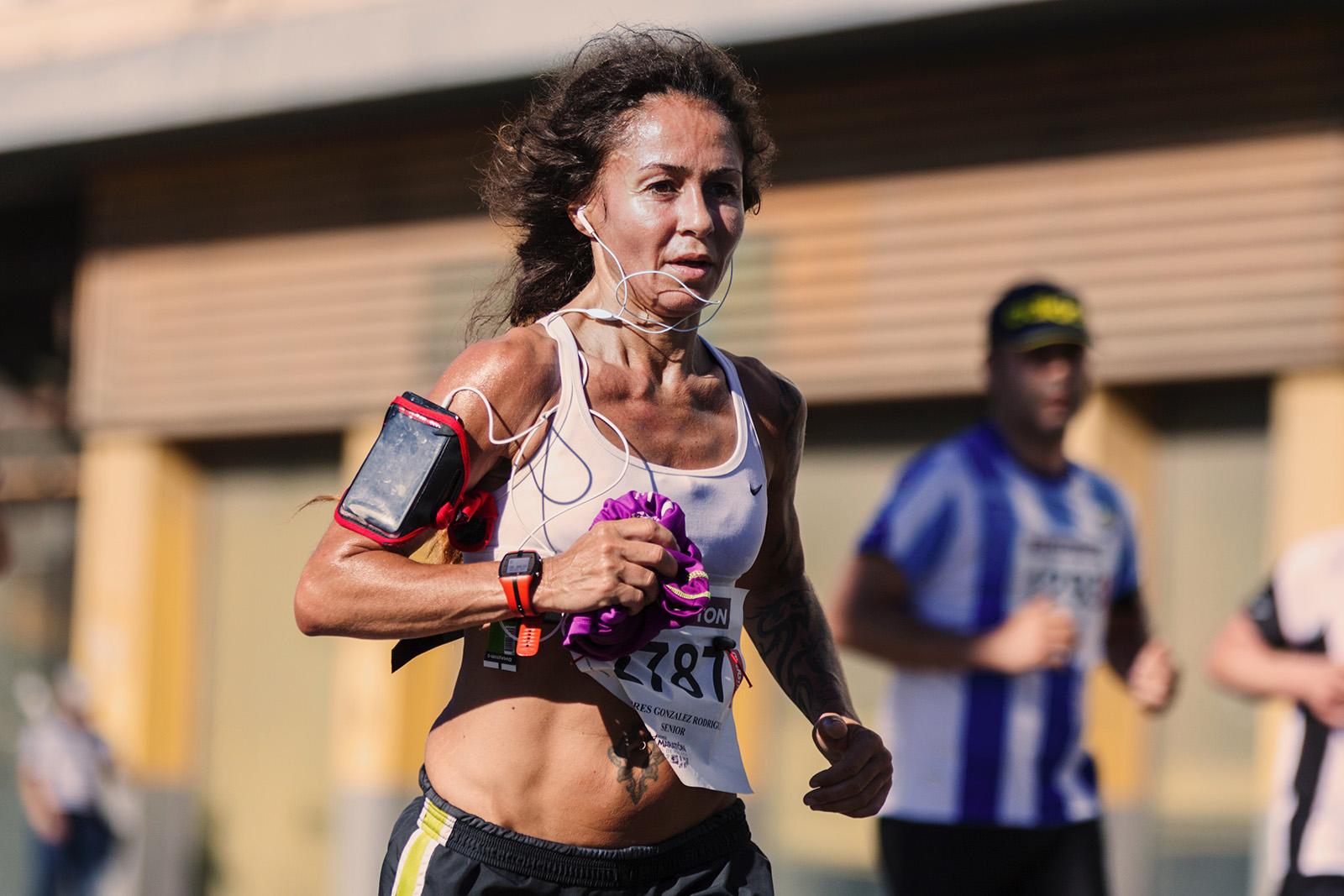 Är kvinnor snabbare än män på ultradistanser?