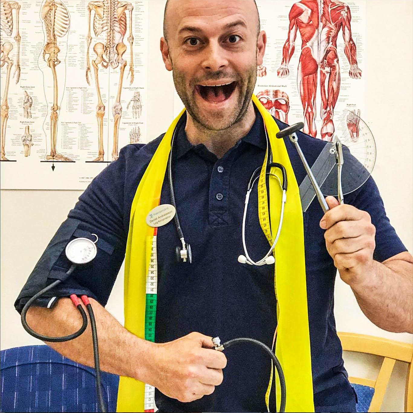 Daniel sågar värdelösa behandlingsmetoder