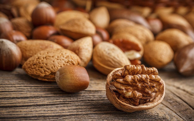 Kalorierna du får i dig från nötter varierar beroende på hur processade nötterna är