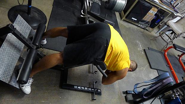 Övningar utan syfte - Rullande rygglyft med vikt